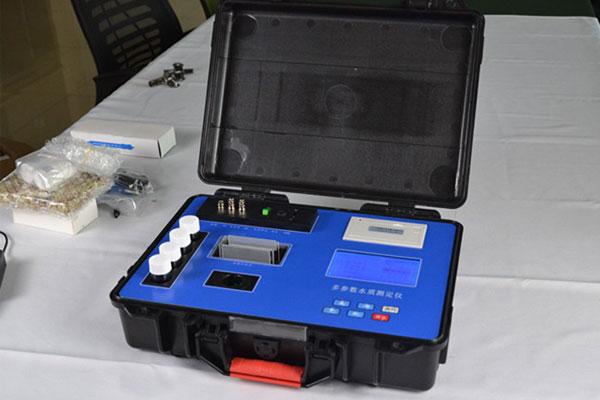 水质测试仪